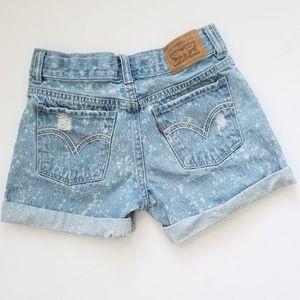 Levi's Girlfriend Shorty Shorts